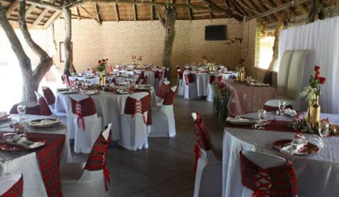 Izinkwe-wedding-table.jpg